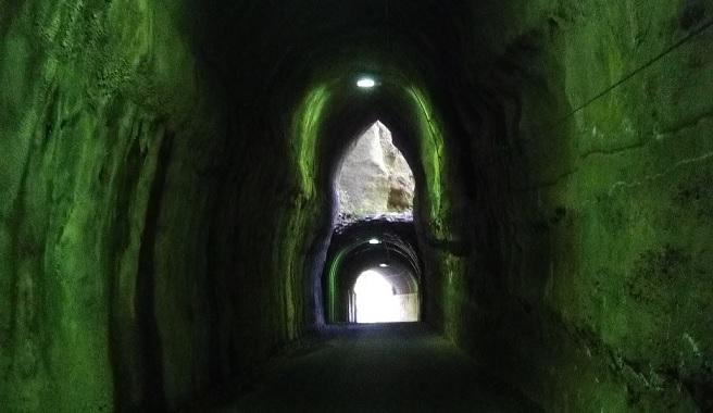 養老渓谷に2階建てトンネルを見に行ってきた。